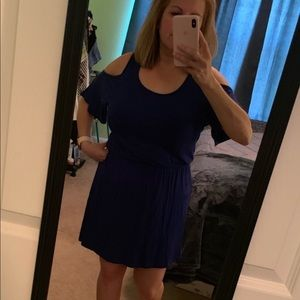 Hourglass Lilly blue cold shoulder dress